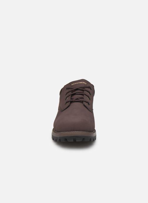 Chaussures à lacets Skechers Toric/Bereno Marron vue portées chaussures