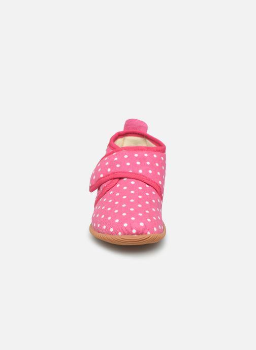 Pantofole Giesswein Stans - Slim Fit Rosa modello indossato