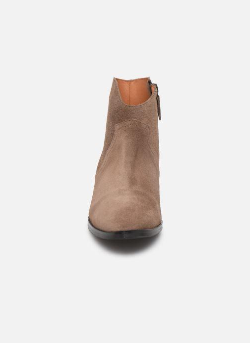 Bottines et boots Anonymous Copenhagen FIONA 35 Marron vue portées chaussures