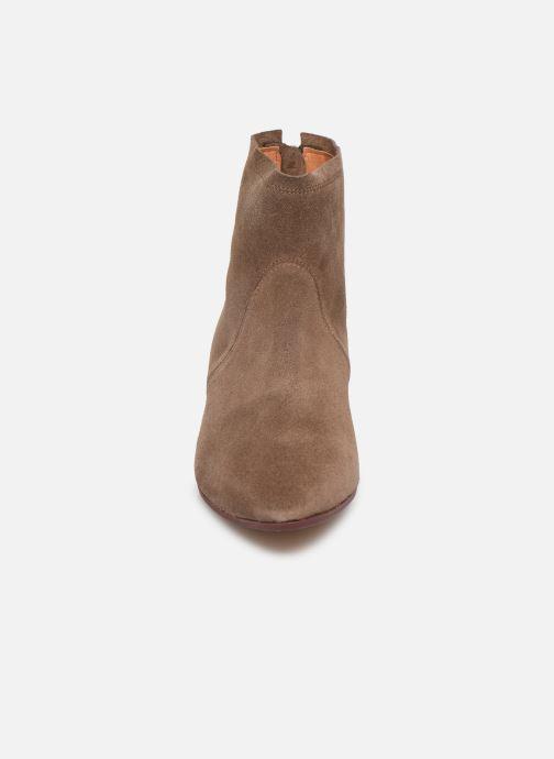 Bottines et boots Anonymous Copenhagen LEAH Marron vue portées chaussures