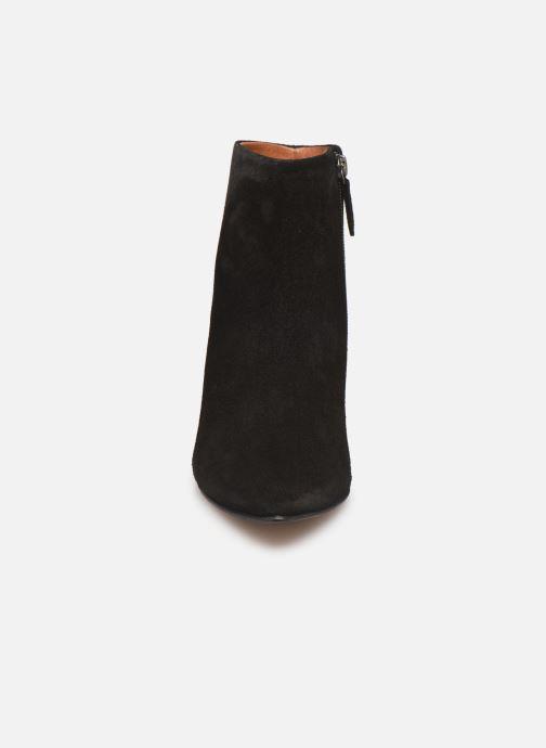 Bottines et boots Anonymous Copenhagen NIVA TRIANGLE Noir vue portées chaussures