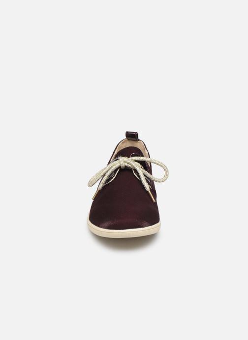 Baskets Armistice Stone One W Office Bordeaux vue portées chaussures