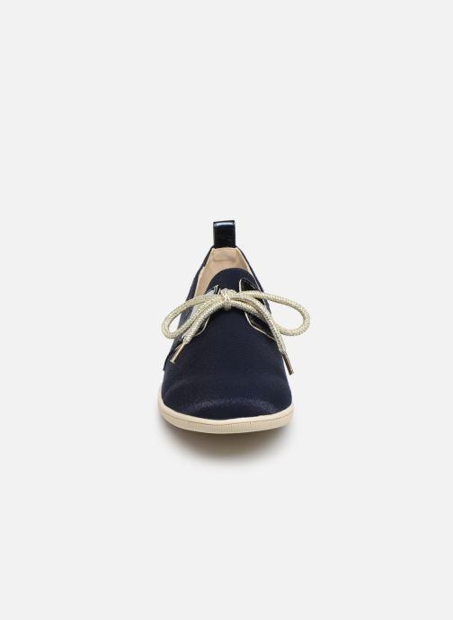 Baskets Armistice Stone One W Office Bleu vue portées chaussures