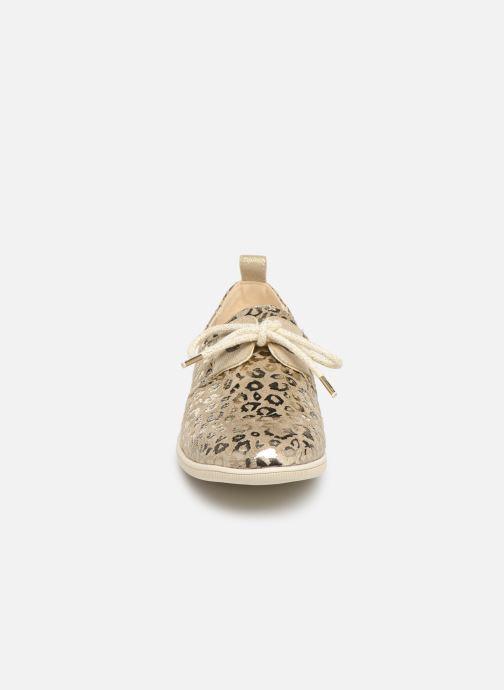 Sneakers Armistice Stone One W Jungle Beige bild av skorna på