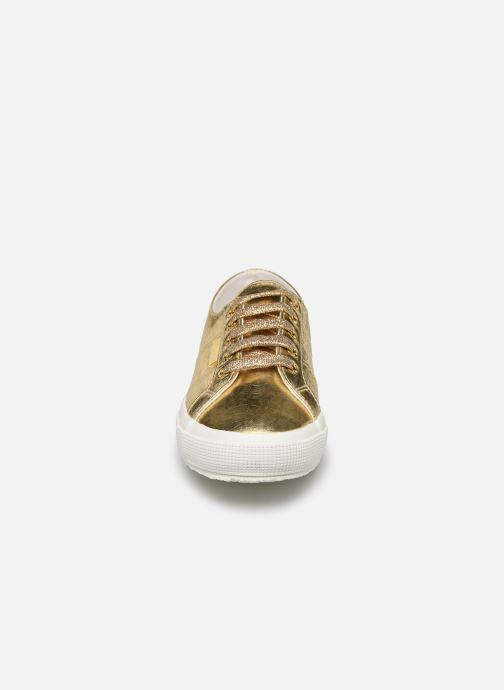 Sneakers Superga O 2750- Cotmetembossedcocco W Oro e bronzo modello indossato