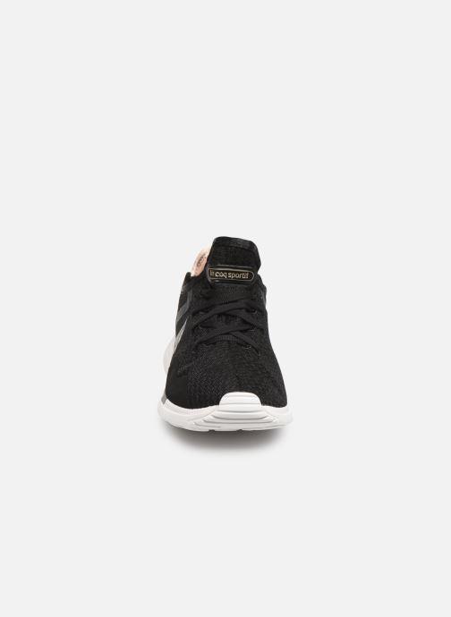 Baskets Le Coq Sportif Solas W SHINY Noir vue portées chaussures
