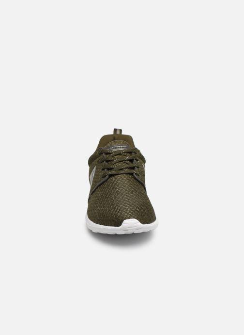 Baskets Le Coq Sportif Dynacomf W METALLIC Vert vue portées chaussures
