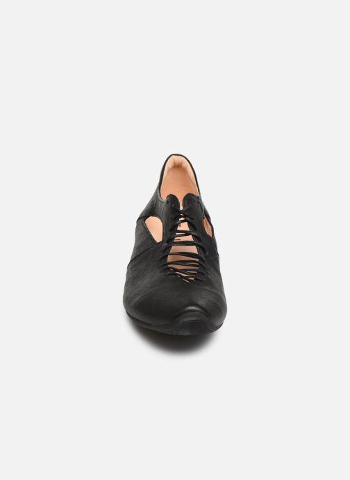 Zapatos de tacón Think! Aide 85254 Negro vista del modelo