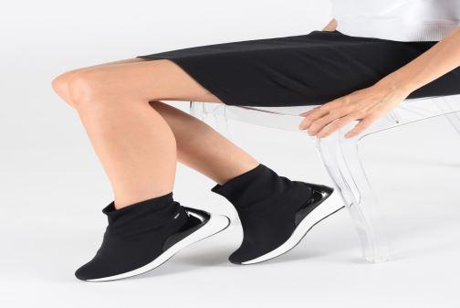 Baskets HÖGL Drytec - Stretch  Gore-Tex Noir vue bas / vue portée sac