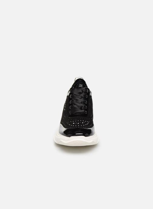 Baskets HÖGL Star Noir vue portées chaussures