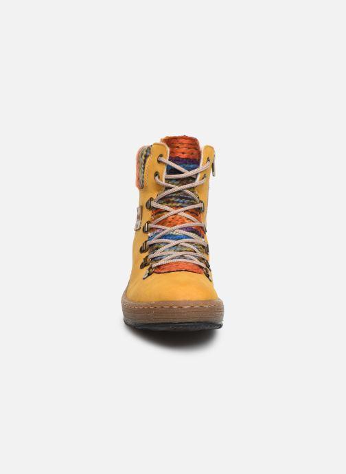Bottines et boots Rieker Ilam Jaune vue portées chaussures