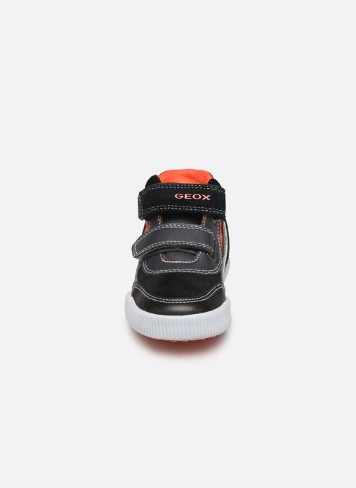 Sneakers Geox B Kilwi Boy B94A7A Zwart model