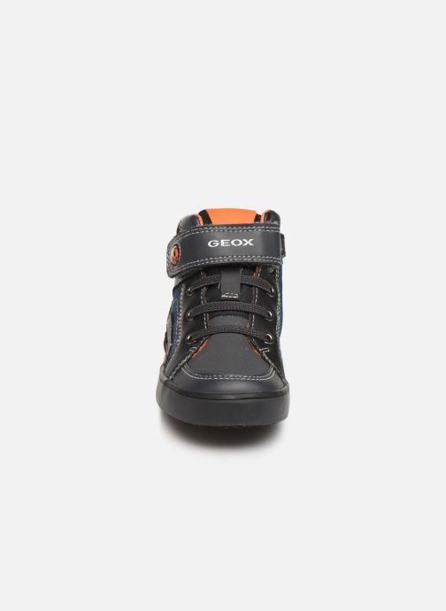 Baskets Geox B Kilwi Boy B94A7D Gris vue portées chaussures