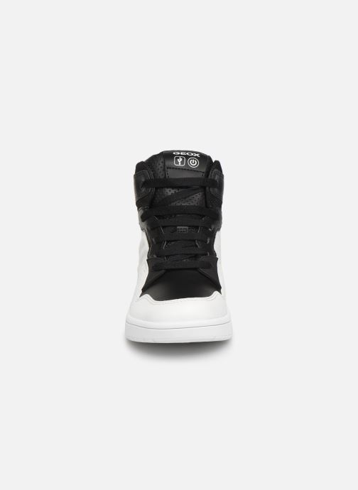 Baskets Geox J Xled Boy J947QA Blanc vue portées chaussures
