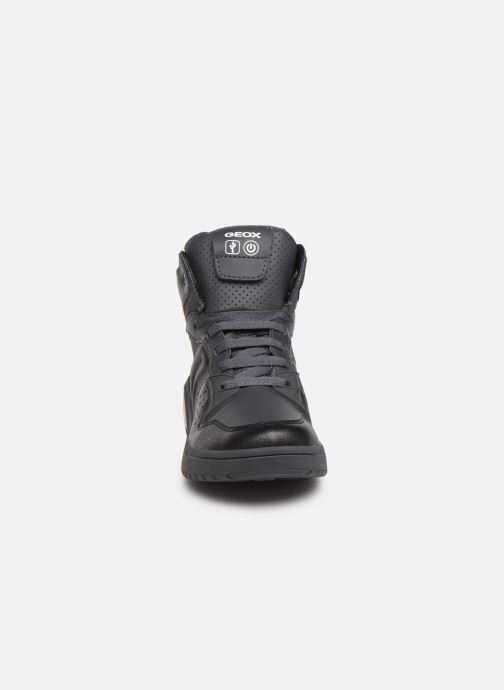 Baskets Geox J Xled Boy J947QA Noir vue portées chaussures