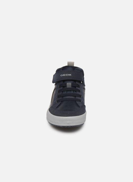Sneakers Geox J Alonisso Boy J942CN Azzurro modello indossato