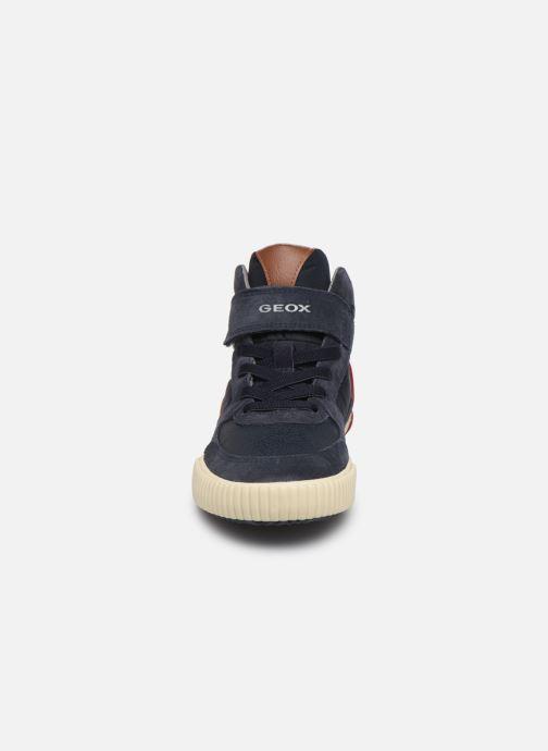 Baskets Geox J Alonisso Boy J942CH Bleu vue portées chaussures