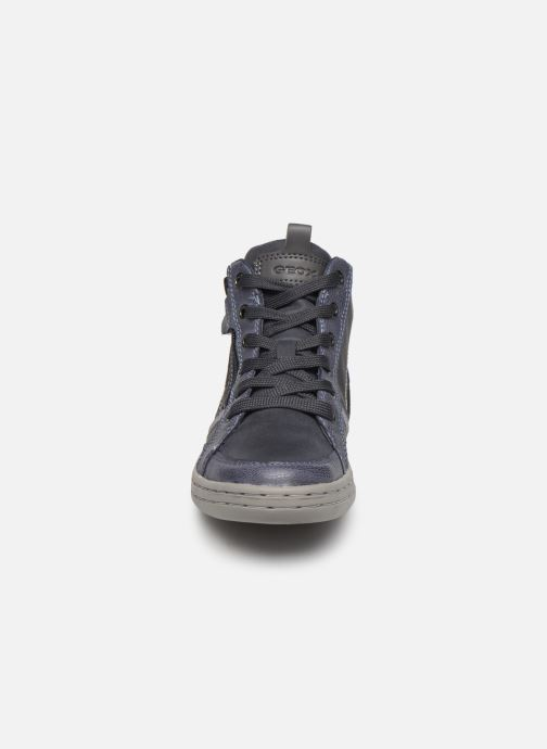 Baskets Geox JR Garcia Boy J94B6A Bleu vue portées chaussures