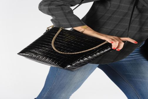 Handbags Petite mendigote Sac Louis Patent leather croco Black view from underneath / model view