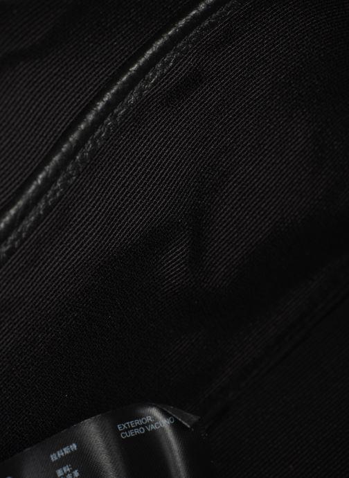 Sacs à main Lacoste CROCO CREW CUIR  CROSSOVER BAG Noir vue derrière