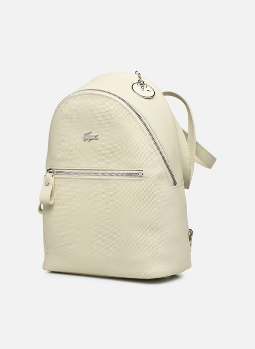 Sacs à dos Lacoste Daily Classic Backpack Beige vue portées chaussures