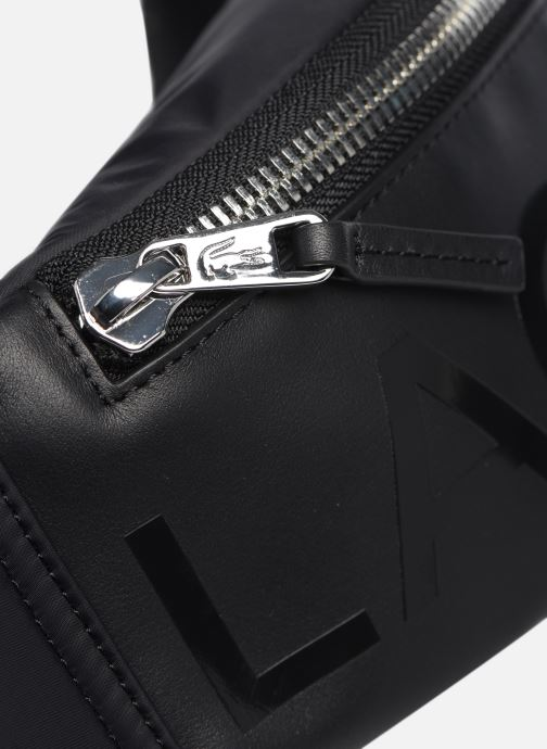 Herrentaschen Lacoste L.12.12 CUIR WAISTBAG schwarz ansicht von links