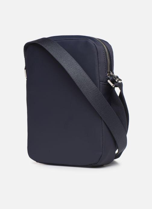 Bolsos de hombre Lacoste L.12.12 CUIR M VERTICAL CAMERA BAG Azul vista lateral derecha