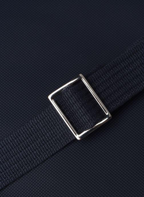 Sacs homme Lacoste MEN S CLASSIC SLIM VERTICAL CAMERA BAG Bleu vue gauche