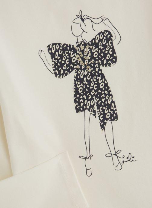 Vêtements Lili Gaufrette T-Shirt Blanc Nacre Blanc vue portées chaussures