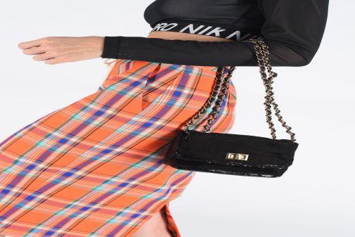 Petite Maroquinerie Steve Madden Bcharlie partybag Noir vue bas / vue portée sac