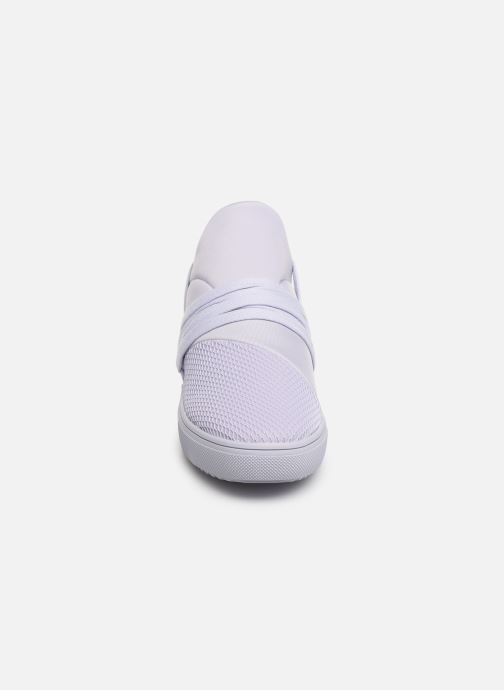 Baskets Steve Madden Lancer Sneaker Violet vue portées chaussures