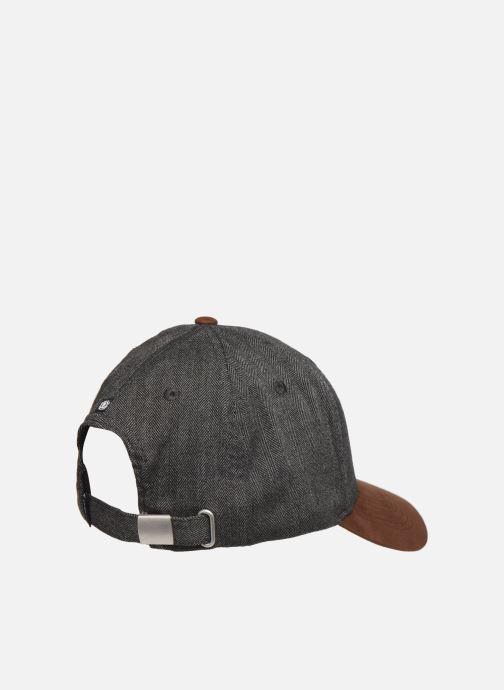 Casquettes Element CAMP IV CAP Noir vue portées chaussures