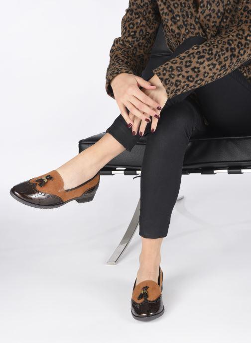 Slipper Jana shoes MOUNIA NEW braun ansicht von unten / tasche getragen