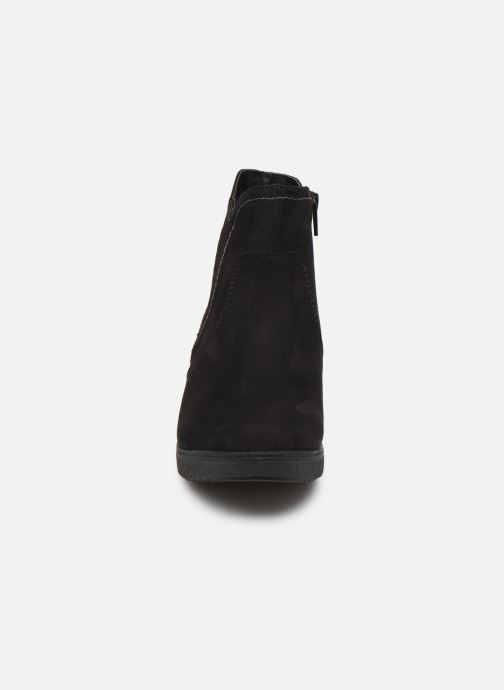 Stivaletti e tronchetti Jana shoes GAVIN NEW Nero modello indossato
