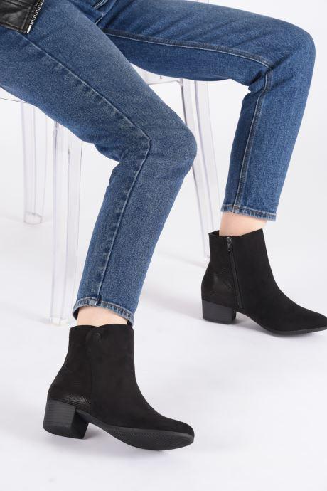 Bottines et boots Jana shoes FARAH Noir vue bas / vue portée sac