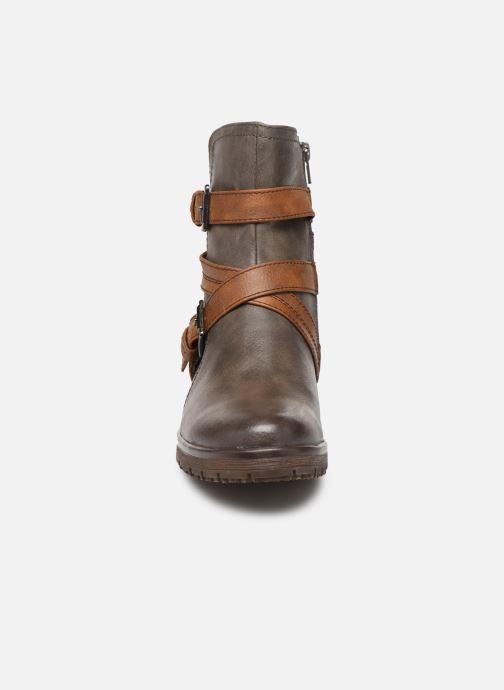 Stivaletti e tronchetti Jana shoes SIDONIE Marrone modello indossato