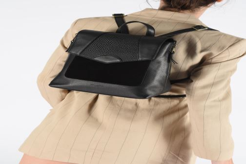 Sacs à dos Hexagona SUNSHINE CUIR SAC A DOS Noir vue bas / vue portée sac