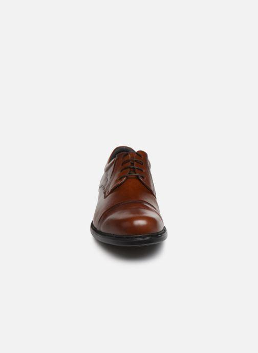 Chaussures à lacets Fluchos Simon 8468 Marron vue portées chaussures