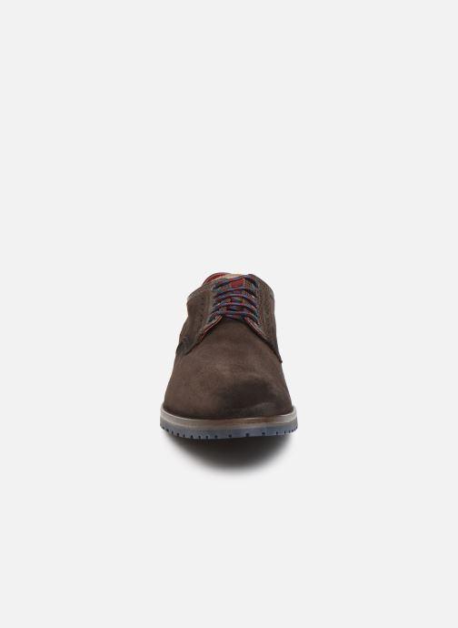 Zapatos con cordones Fluchos Ciclope 0273 Marrón vista del modelo