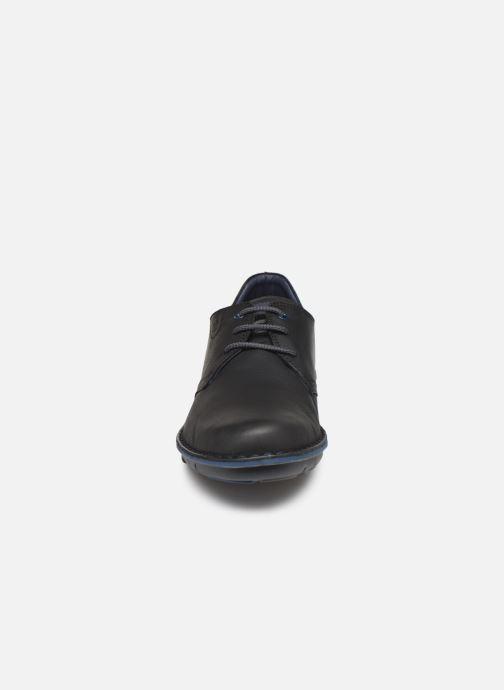 Baskets Fluchos Alfa 0700 Noir vue portées chaussures
