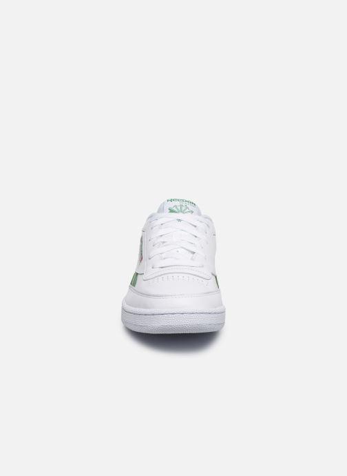 Sneakers Reebok CLUB C REVENGE MU Bianco modello indossato
