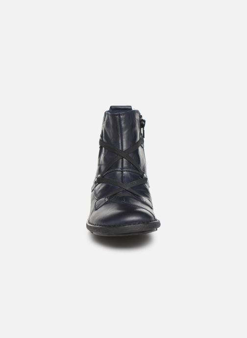 Bottines et boots Dorking Medina 8010 Bleu vue portées chaussures