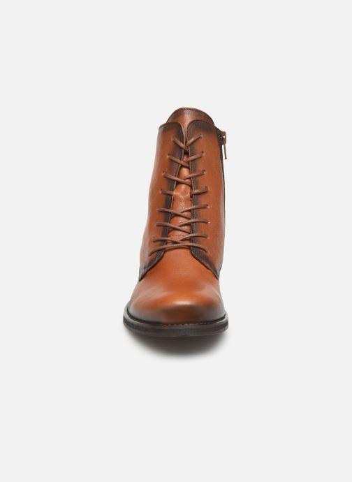 Bottines et boots Dorking Vera 8067 Marron vue portées chaussures