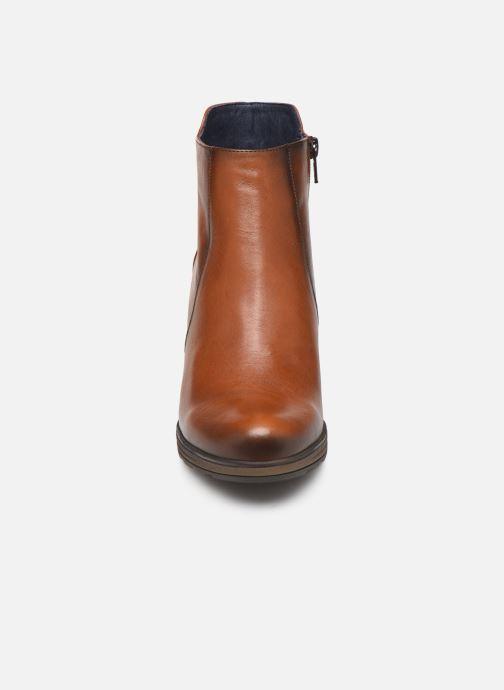 Bottines et boots Dorking Reina 7961 Marron vue portées chaussures