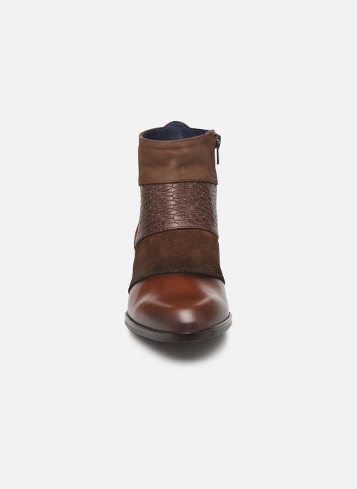 Bottines et boots Dorking Zuma 8028 Marron vue portées chaussures