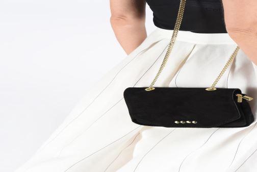 Handbags Georgia Rose Melia Leather Black view from underneath / model view