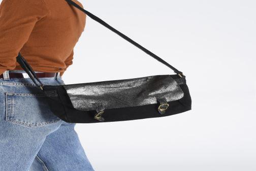 Sacs à main Georgia Rose Mabesace Leather Noir vue bas / vue portée sac
