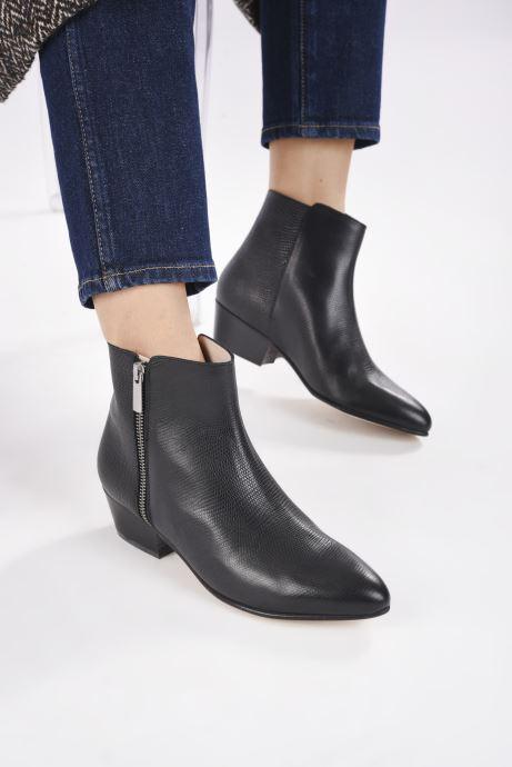 Stiefeletten & Boots Georgia Rose Silvana schwarz ansicht von unten / tasche getragen