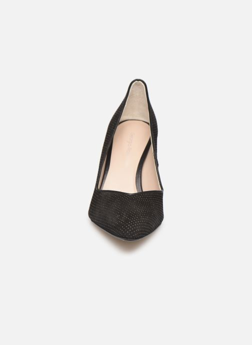 Zapatos de tacón Georgia Rose Sostrata Negro vista del modelo