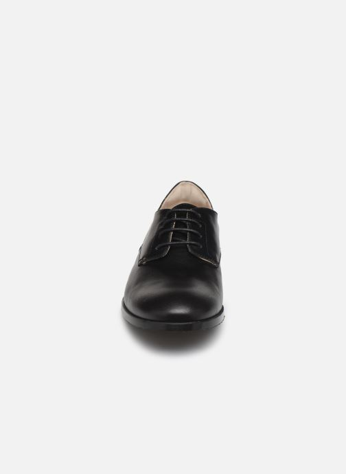 Zapatos con cordones BOSS Chaussures J29195 Negro vista del modelo